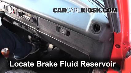 Add Brake Fluid 1967 1979 Volkswagen Beetle 1976
