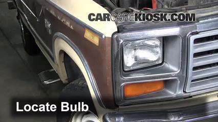 1983 1986 ford f 250 interior fuse check 1984 ford f 250 6 9l v8 rh carcarekiosk com