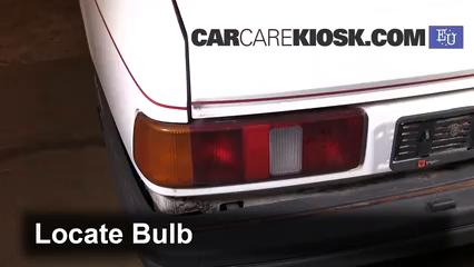 1989 Ford Sierra 2.3D GL 2.3L 4 Cyl. Diesel Luces Luz de reversa (reemplazar foco)