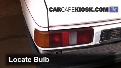 1989 Ford Sierra 2.3D GL 2.3L 4 Cyl. Diesel Luces Luz de giro trasera (reemplazar foco)