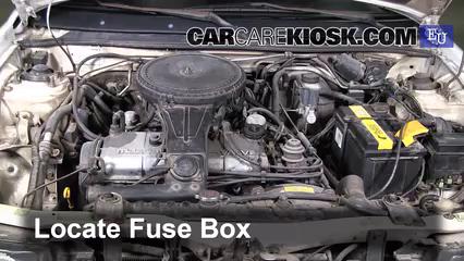 1991 Mazda 323 BG-series 1.3L 4 Cyl. Fuse (Engine)