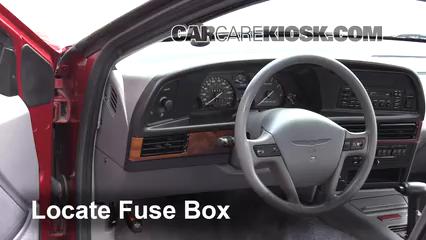 1993 Ford Thunderbird LX 5.0L V8 Fusible (intérieur)