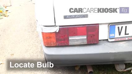 1993 Lada Samara 1300 S 1.3L 4 Cyl. Luces Luz de freno (reemplazar foco)