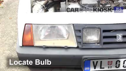 1993 Lada Samara 1300 S 1.3L 4 Cyl. Luces Luz de niebla (reemplazar foco)