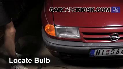 1993 Opel Astra F 1.4L 4 Cyl. Luces Luz de marcha diurna (reemplazar foco)