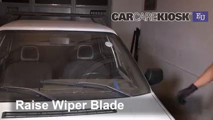 1993 Skoda Favorit L 1.3L 4 Cyl. Escobillas de limpiaparabrisas delantero