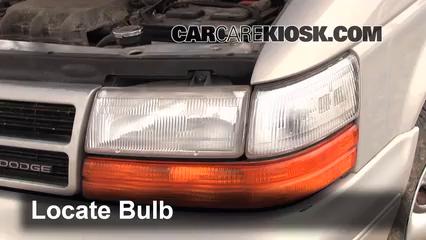 1994 Dodge Caravan 3.0L V6 Luces Luz de marcha diurna (reemplazar foco)