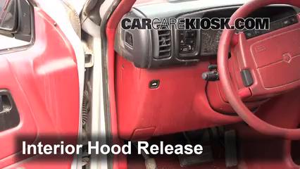 1994 Dodge Caravan 3.0L V6 Capot