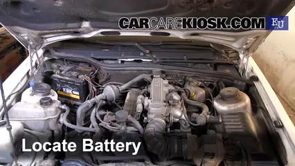 1994 Ford Scorpio GL 2.0L 4 Cyl. Batterie