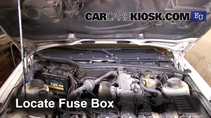 1994 Ford Scorpio GL 2.0L 4 Cyl. Fusible (intérieur)