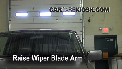 1995 Nissan Pickup XE 3.0L V6 Extended Cab Pickup Windshield Wiper Blade (Front)