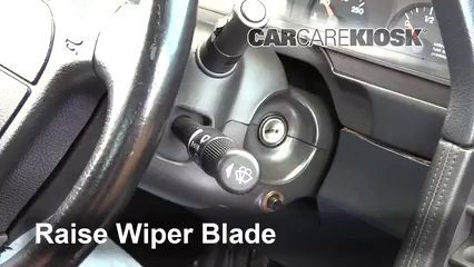 1995 Alfa Romeo 164 Quadrifoglio 3.0L V6 Windshield Wiper Blade (Front)
