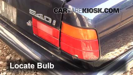 1995 BMW 540i 4.0L V8 Éclairage