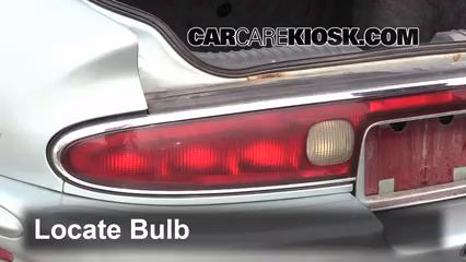 1995 Buick Riviera 3.8L V6 Éclairage