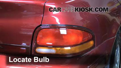 1996 Dodge Stratus ES 2.4L 4 Cyl. Luces