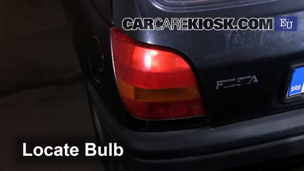 1996 Ford Fiesta Magic 1.3L 4 Cyl. Luces Luz de freno (reemplazar foco)