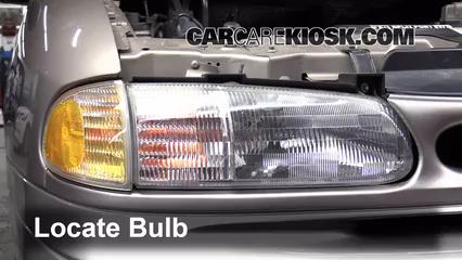 1996 Ford Windstar GL 3.8L V6 Luces Luz de giro delantera (reemplazar foco)