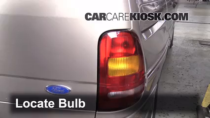 1996 Ford Windstar GL 3.8L V6 Luces Luz de giro trasera (reemplazar foco)