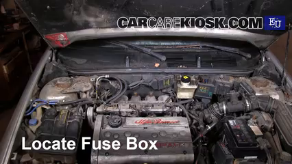 replace a fuse 1995 2000 alfa romeo 145 1997 alfa romeo 145 t locate engine fuse box and remove cover