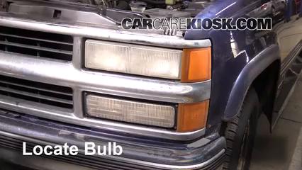 Headlight Change 1992 1999 Chevrolet Tahoe 1999 Chevrolet Tahoe 5 7l V8