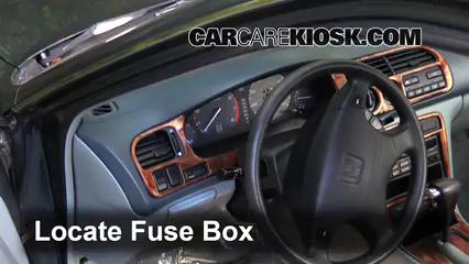 1990-1993 Honda Accord Interior Fuse Check - 1991 Honda Accord LX ... Fuse Box 1991 Honda Accord CarCareKiosk