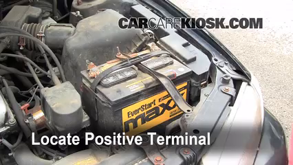 Toyota Camry Xle L V Fbattery Locate Part on Toyota Camry Positive Battery Terminal