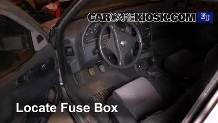 1997 Alfa Romeo 145 T.Spark 1.4L 4 Cyl. Fuse (Interior)