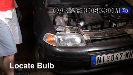 1997 Fiat Punto SX 1.1L 4 Cyl. Luces Luz de estacionamiento (reemplazar foco)