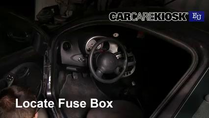 1997 Ford Ka Silver 1.3L 4 Cyl. Fusible (intérieur)