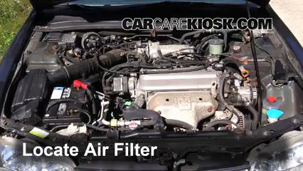 1997 Honda Accord LX 2.2L 4 Cyl. Sedan (4 Door) Filtro de aire (motor) Cambio