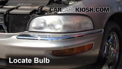1998 Buick Park Avenue 3.8L V6 Luces Luz de carretera (reemplazar foco)