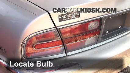 1998 Buick Park Avenue 3.8L V6 Luces Luz trasera (reemplazar foco)