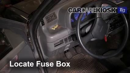1998 Daewoo Tico SE 0.8L 3 Cyl. Fusible (intérieur)