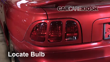 1998 Ford Mustang GT 4.6L V8 Convertible Éclairage