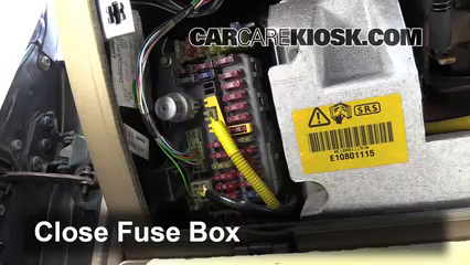 Interior Fuse Box Location: 1994-1998 Land Rover Discovery - 1998 Land  Rover Discovery LSE 4.0L V8CarCareKiosk