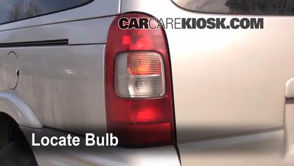 1998 Pontiac Trans Sport Montana 3.4L V6 (4 Door) Lights