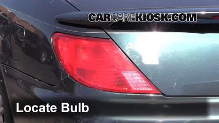 tail light change 1997 1999 acura cl 1999 acura cl premium 3 0l v6 rh carcarekiosk com Tinted Tail Lights 2007 Acura TL LED Light Kit