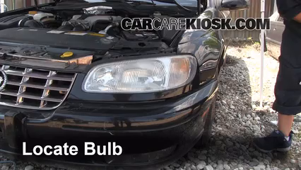 1999 Cadillac Catera 3.0L V6 Lights Turn Signal - Front (replace bulb)