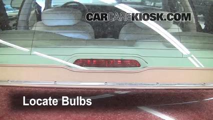Lincoln Town Car Signature  L V Lights Center Brake Light Replace Bulb