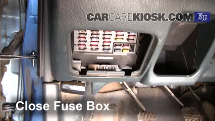 Interior Fuse Box Location 1996 2000 Nissan Almera 1999
