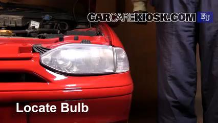 1999 Fiat Palio Weekend 1.2L 4 Cyl. Luces Luz de estacionamiento (reemplazar foco)