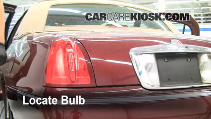 1999 Lincoln Town Car Signature 4.6L V8 Luces