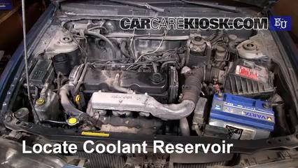 1999 Nissan Almera GX 2.0L 4 Cyl. Diesel Refrigerante (anticongelante) Controlar nivel de líquido