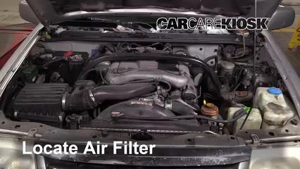 1999 Suzuki Grand Vitara JLX 2.5L V6 Filtro de aire (motor)