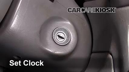 1999 Suzuki Grand Vitara JLX 2.5L V6 Reloj