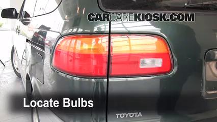 1999 Toyota Sienna LE 3.0L V6 Lights