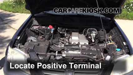 How to Jumpstart a 1997-2001 Honda CR-V - 2000 Honda CR-V EX 2.0L 4 Cyl.