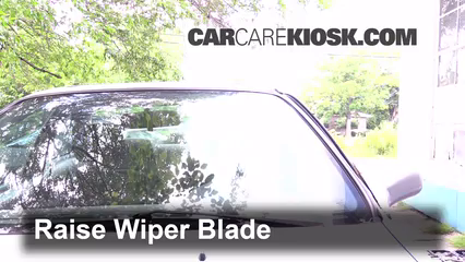 2000 Honda Civic EX 1.6L 4 Cyl. Coupe (2 Door) Windshield Wiper Blade (Front) Replace Wiper Blades