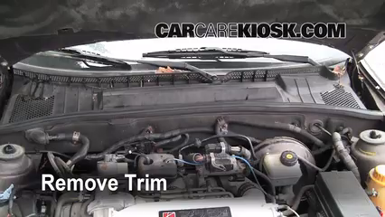 Cabin Filter Replacement: Saturn LS2 2000 2005