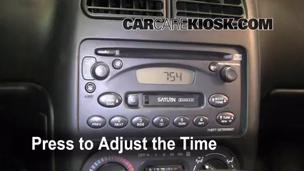 2000 Saturn SL 1.9L 4 Cyl. Clock